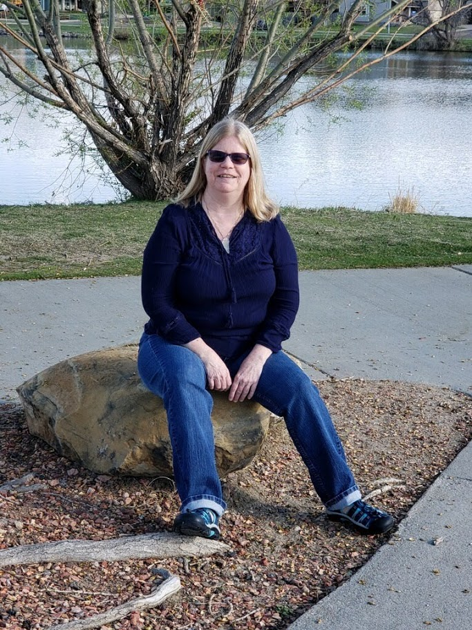 Laura Nelson Author Pic